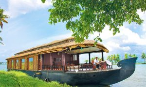 Why to visit Kerala this vacation?
