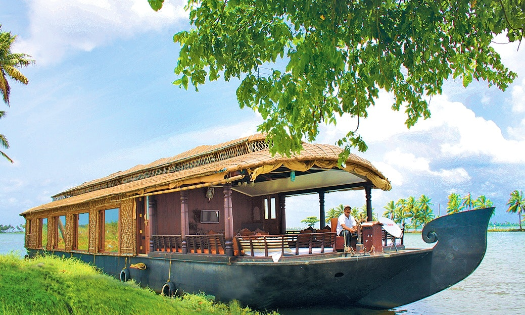 visit Kerala this vacation