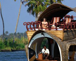 Roverholidays: South India Heritage Tour