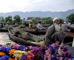 Roverholidays: Kashmir tourism Packages
