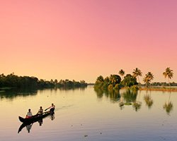 Roverholidays: Travel To Kerala