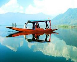 Roverholidays: Kashmir Travel Packages