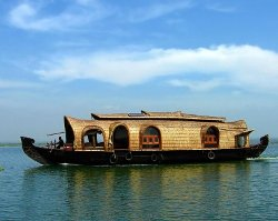 Roverholidays: Kerala Backwater Tour
