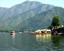 Roverholidays: Kashmir Holiday Package